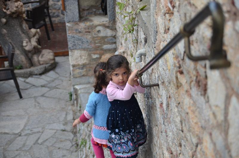 Mesta Köyü'nde Çocuklar